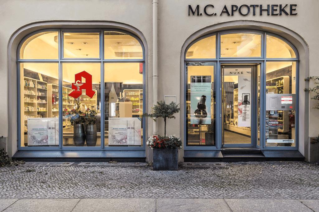 M.C. Apotheke Eingang